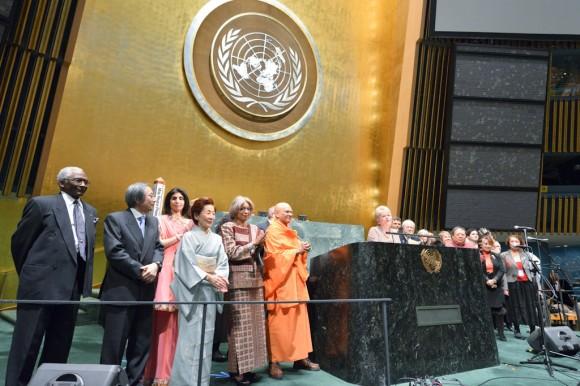 Masami Saionji and faith representatives at United for a Culture of Peace